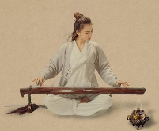 """古琴""""青鸟""""携传统文化""""飞""""入春城"""