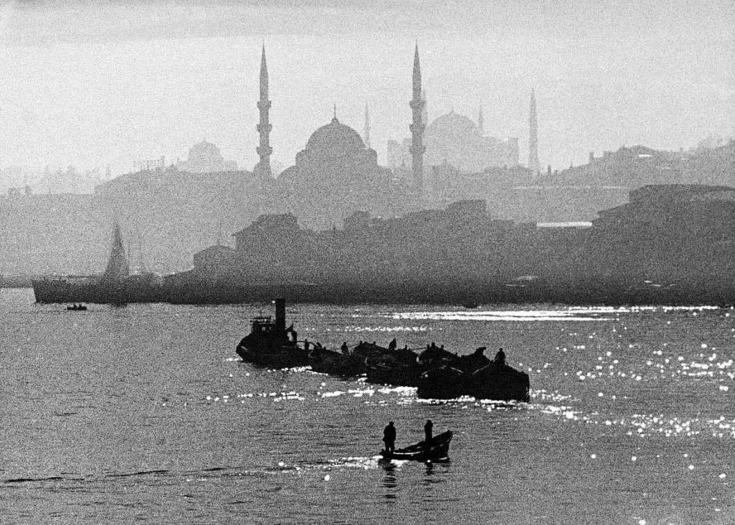 """""""呼愁""""的伊斯坦布尔,""""作家""""帕慕克的诞生"""