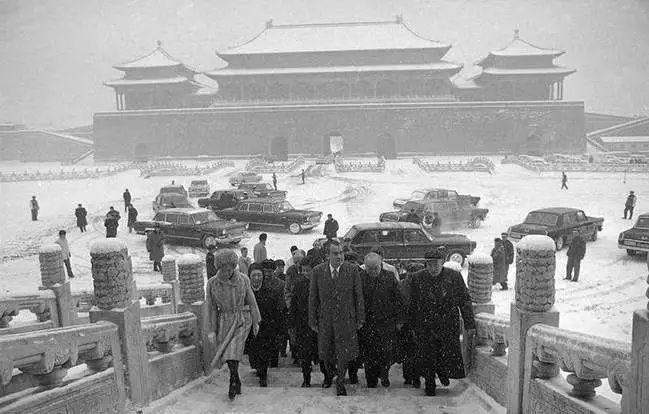 """五十年前,故宫警卫员是怎么""""看大门""""的?"""